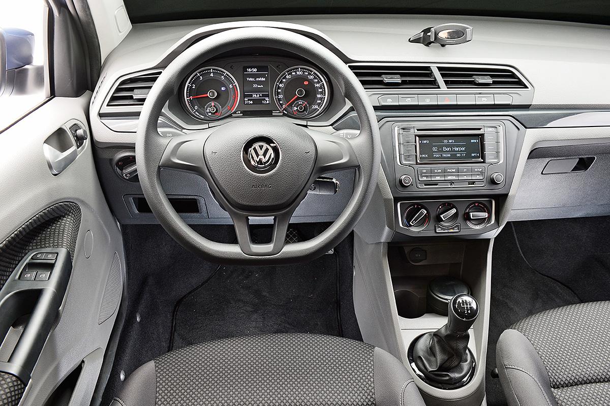 VW Voyage Comfortline 1.0