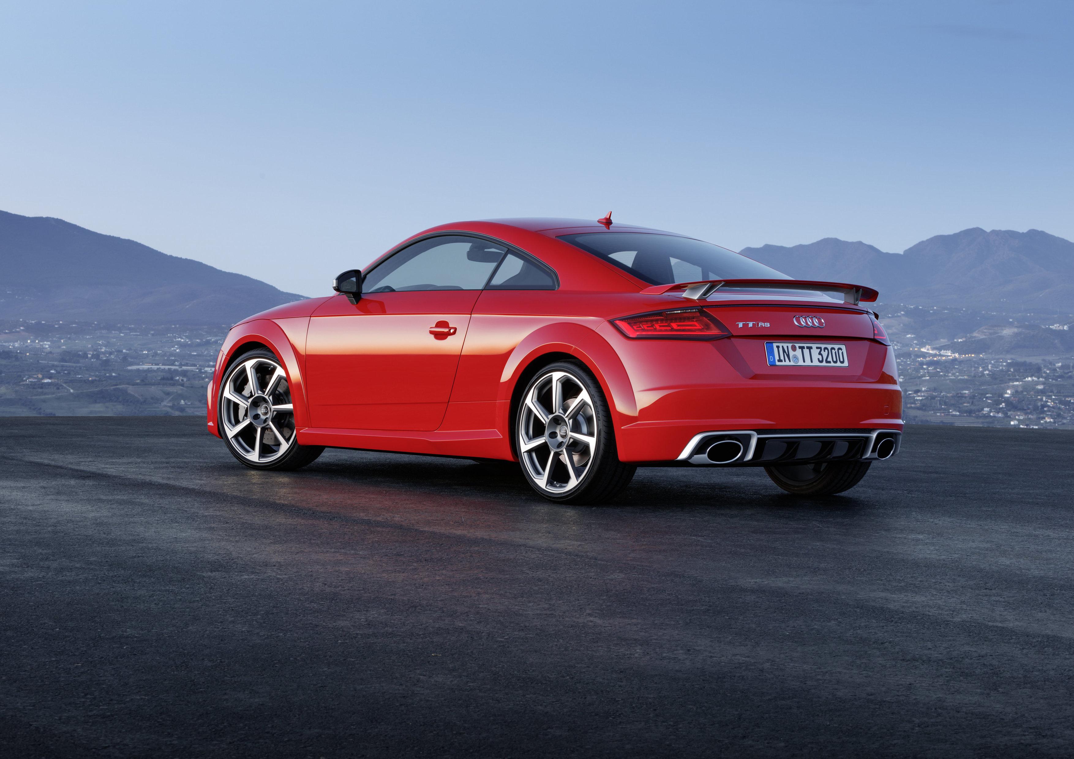 Audi TT RS new (2)
