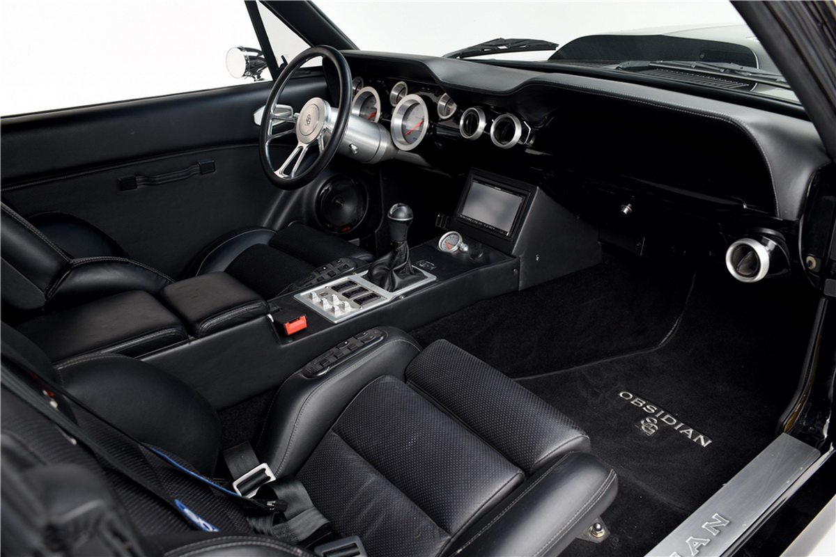 Ford Mustang Obsidian SG-One (3)
