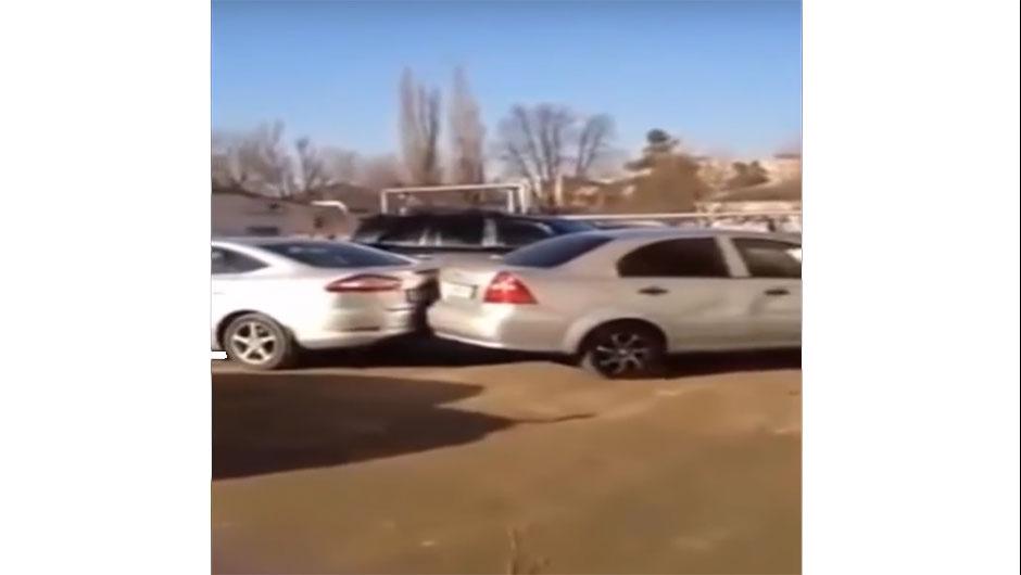 Acidente em estacionamento na Rússia