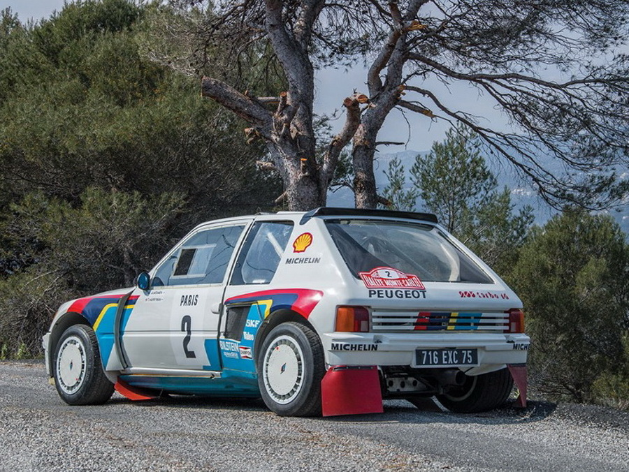 Peugeot 205 T16 (2)
