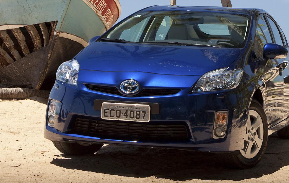 Toyota Prius 2012 com placa do Brasil