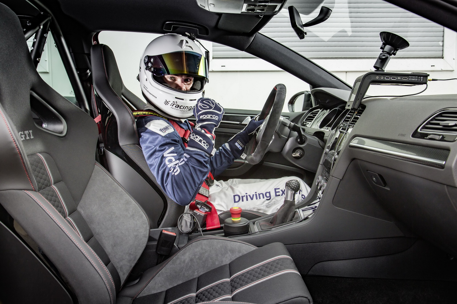 Golf GTI Clubsport recorde Nürburgring (3)