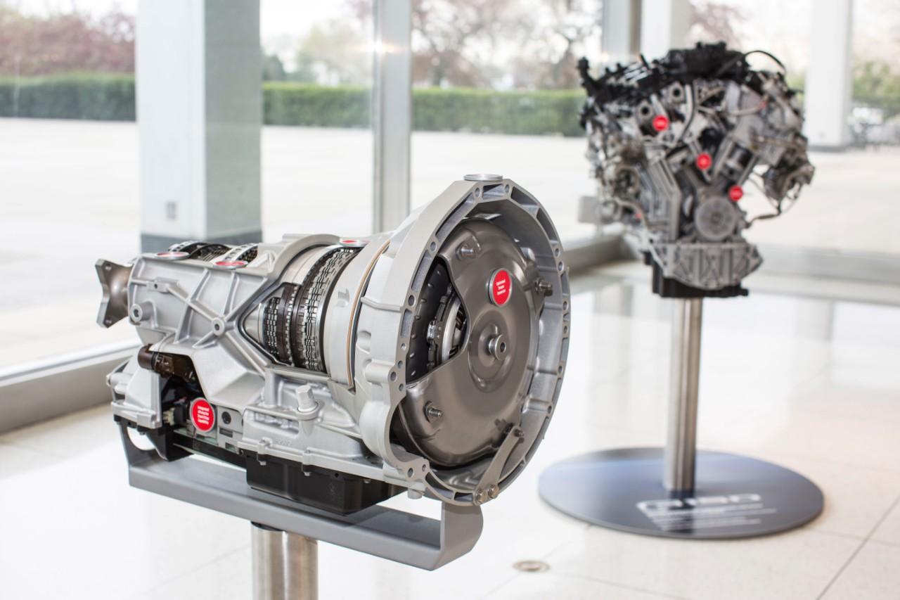 Transmissão de 10 velocidades e motor V6 3.5 Ecoboost