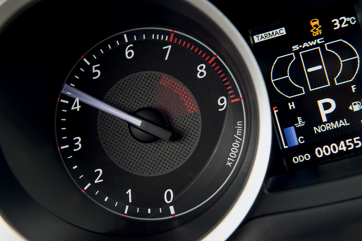 O torque máximo do Evo surge a 3.900 rpm