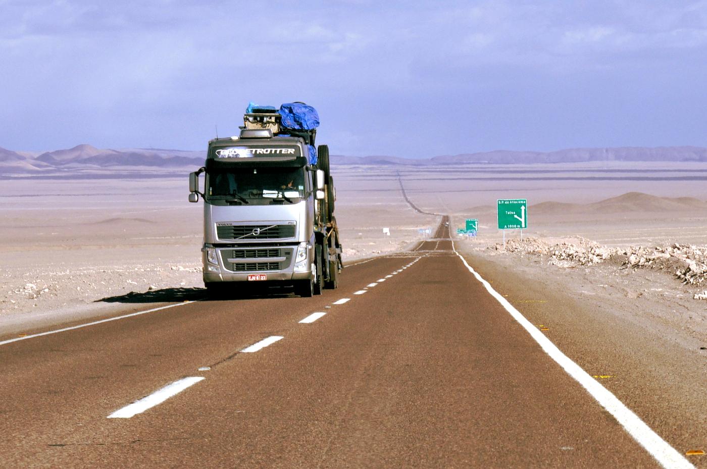 estrada entre Antofagasta e San Pedro de Atacama