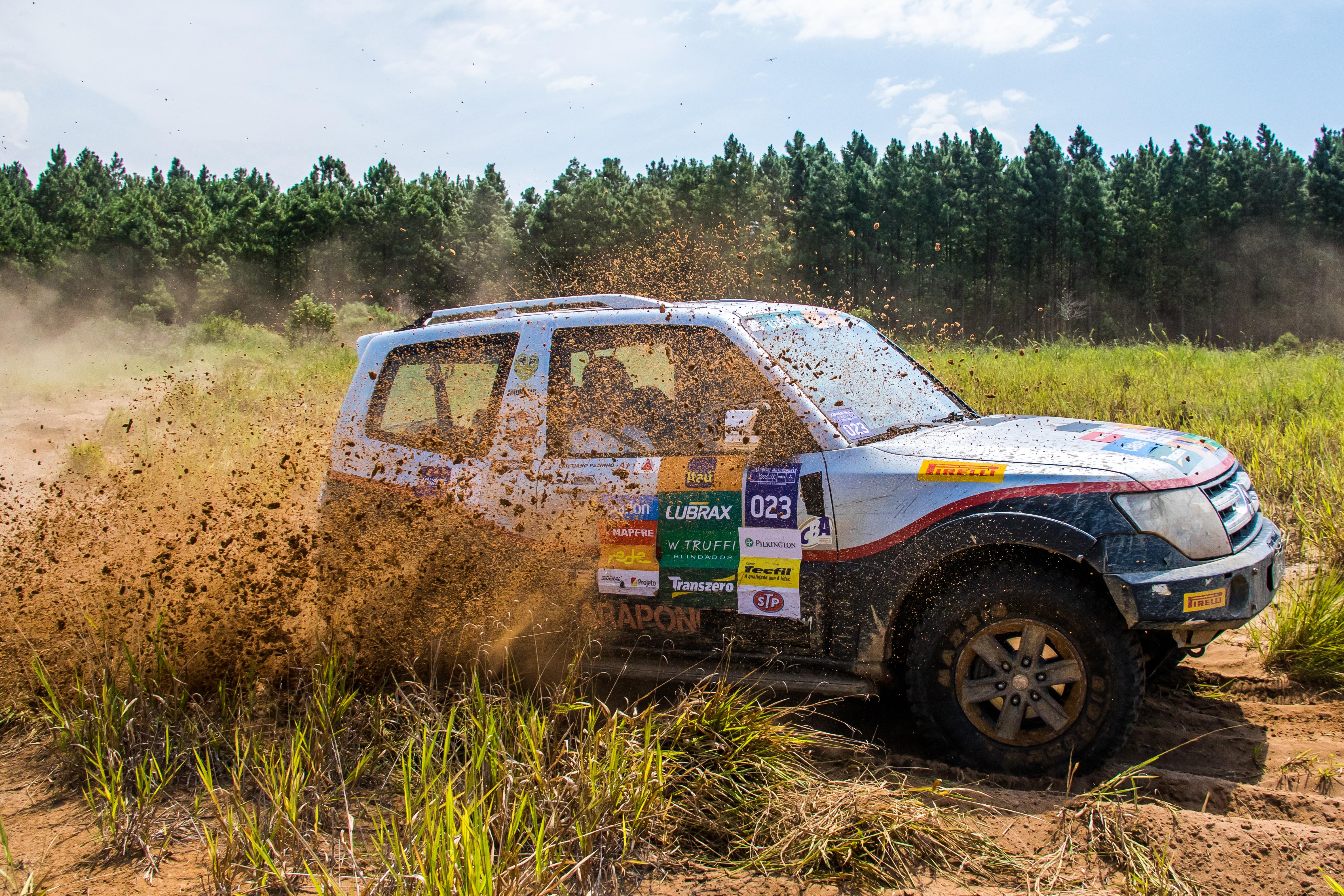 Mitsubishi Motorsports 6