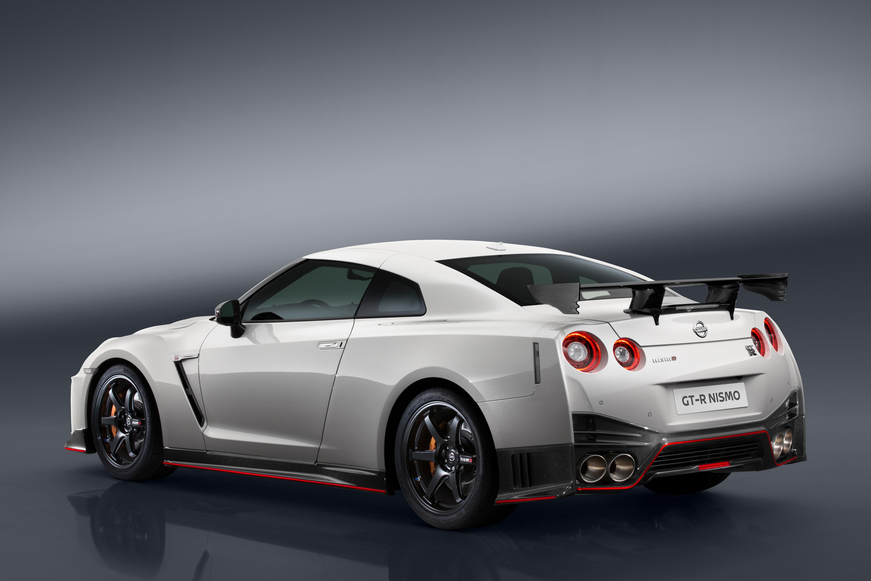 Nissan GT-R Nismo 3