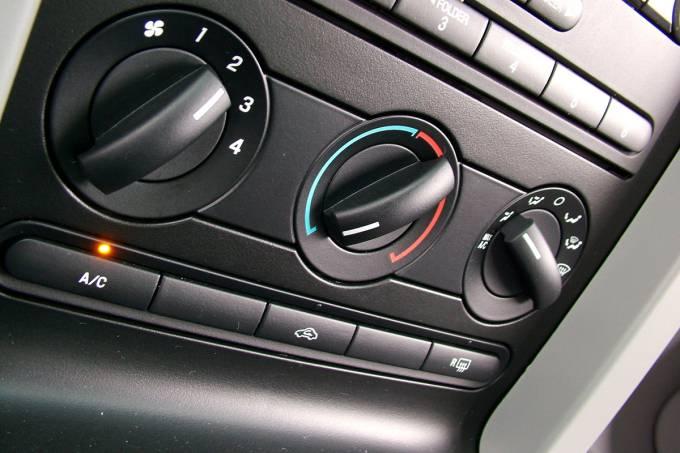Ar-condicionado do Ford Mustang GT