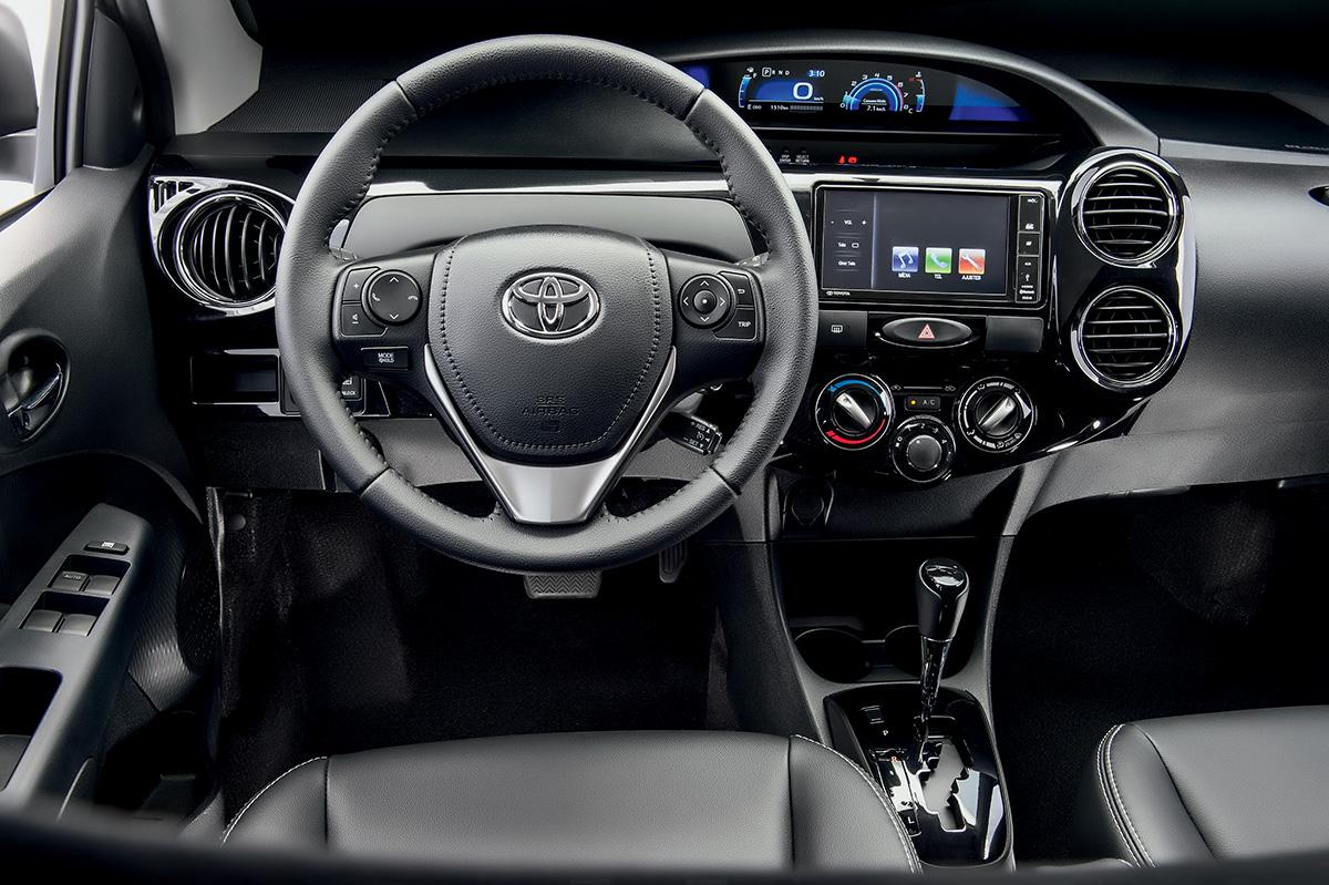 Toyota Etios XLS 1.5 A/T