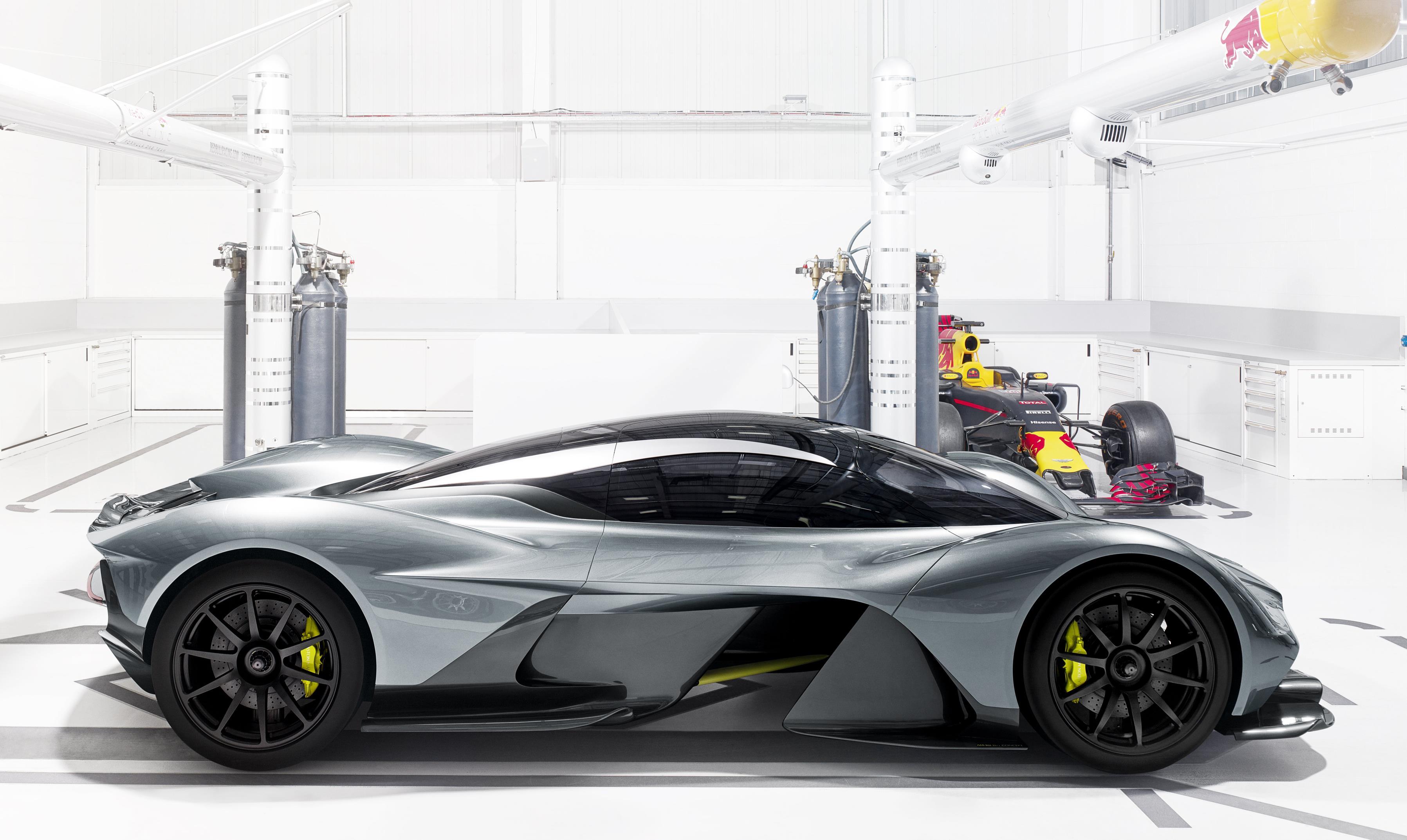 Aston Martin - Red Bull AM-RB 001