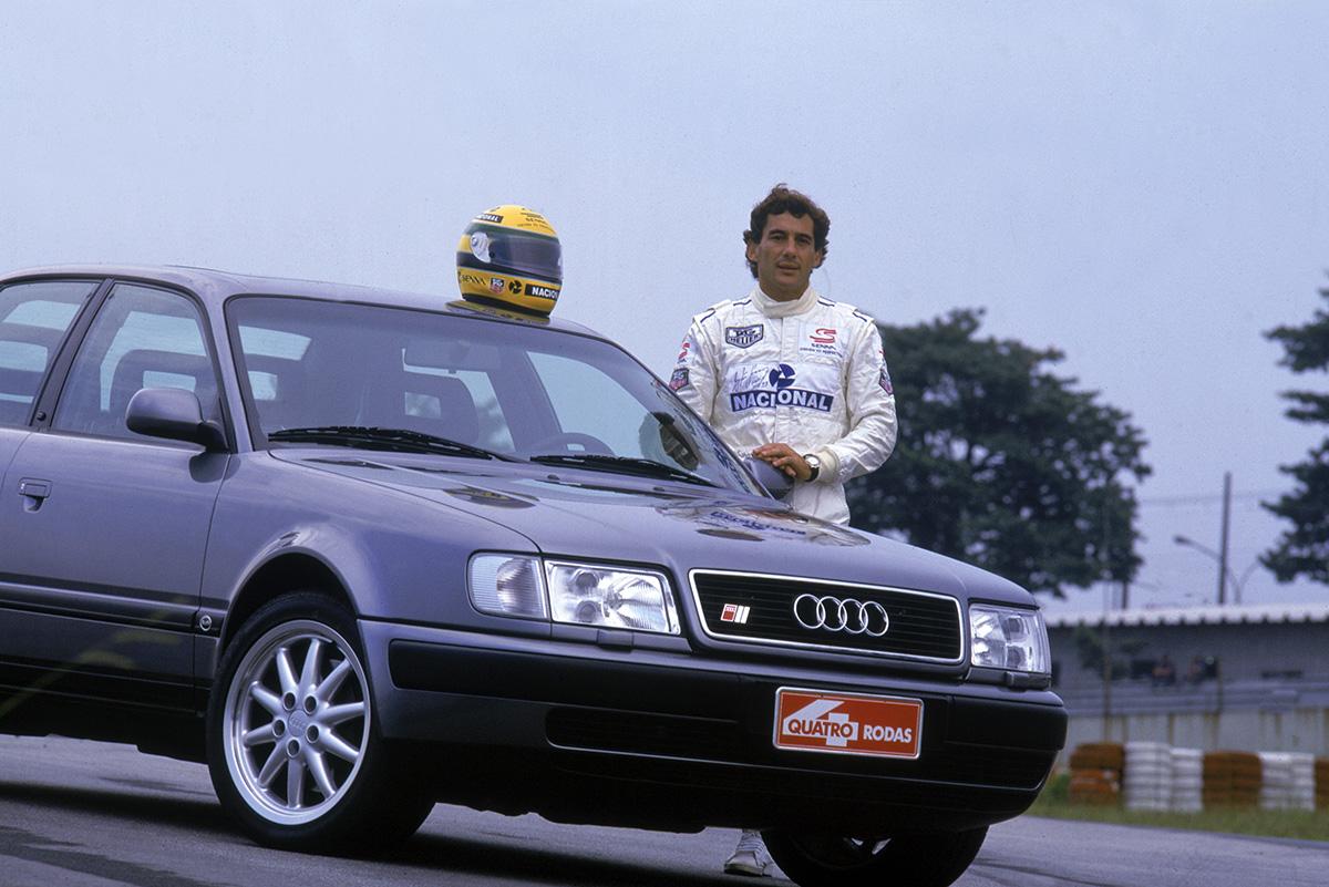 Ayrton Senna testando o Audi S4 para a revista Quatro Rodas, no autódromo de Int