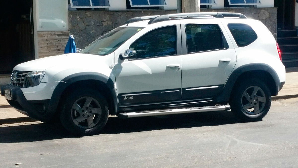 Renault Duster Jeep