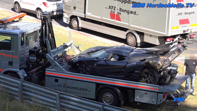 Acidente Koenigsegg Agera One1