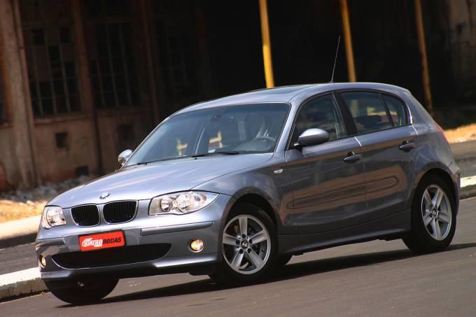 57914c6f0e21634575217080automovel-120i-modelo-2005-da-bmw-carro-com-teto-solar.jpeg
