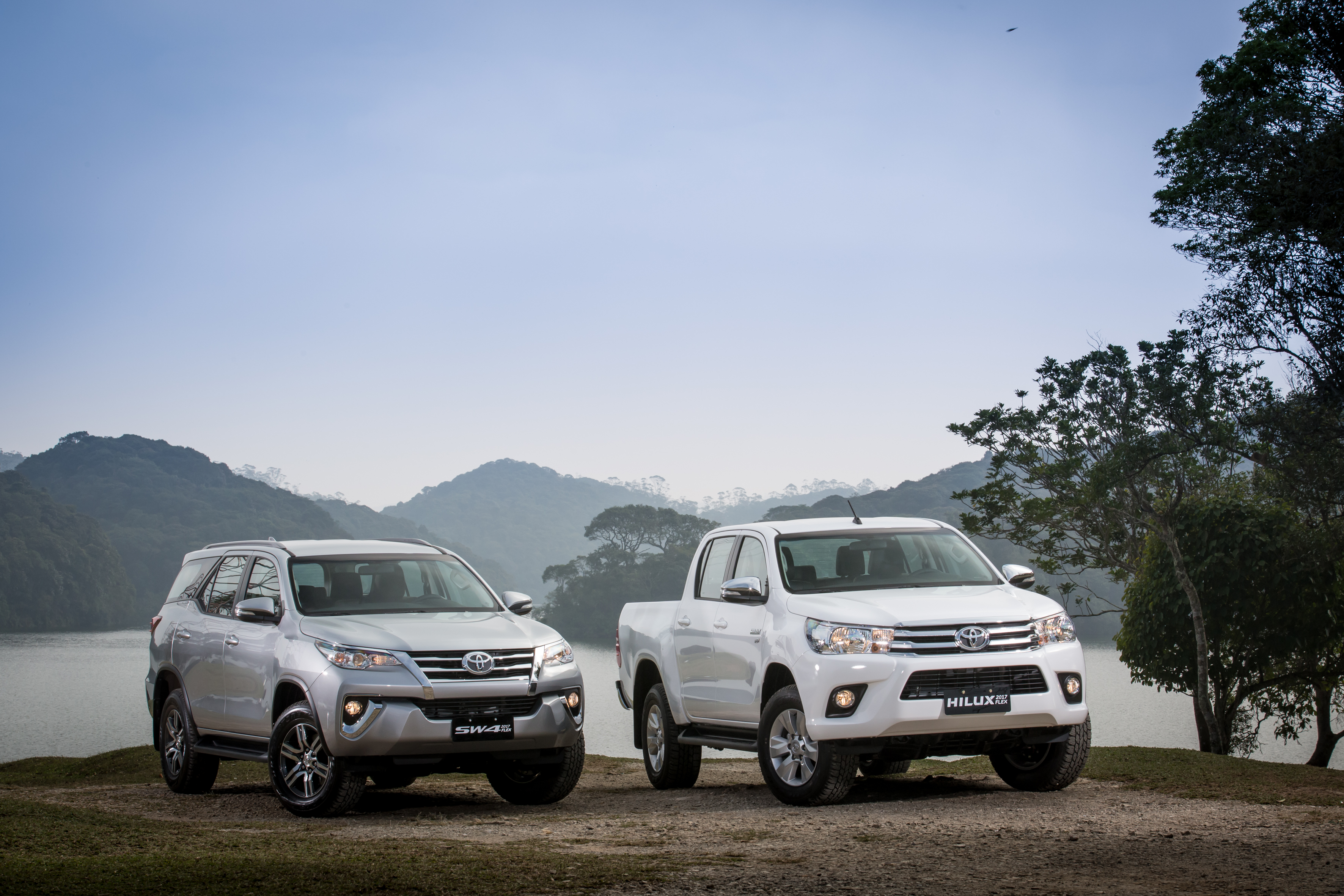 Toyota Hilux e SW4 flex