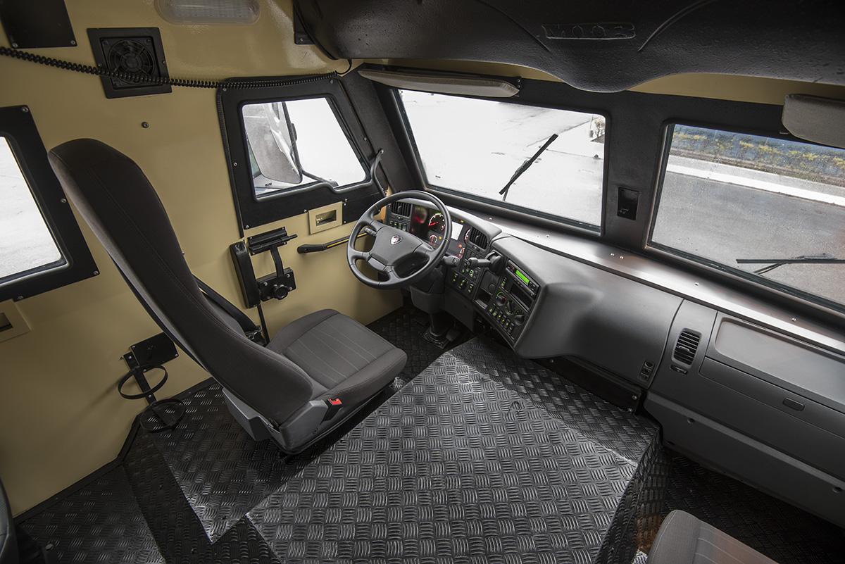 Scania P 250 8x2