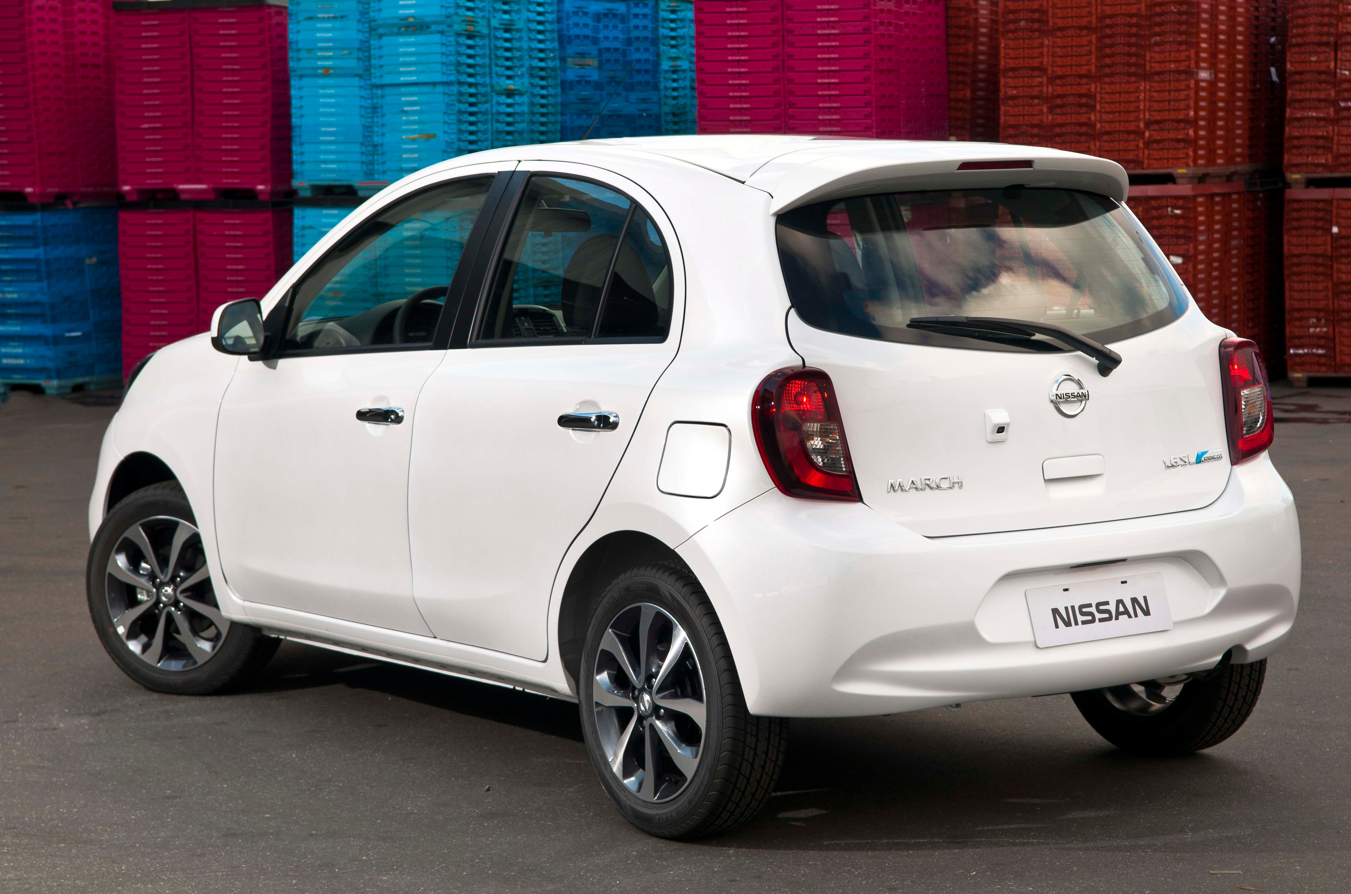 Nissan March SL