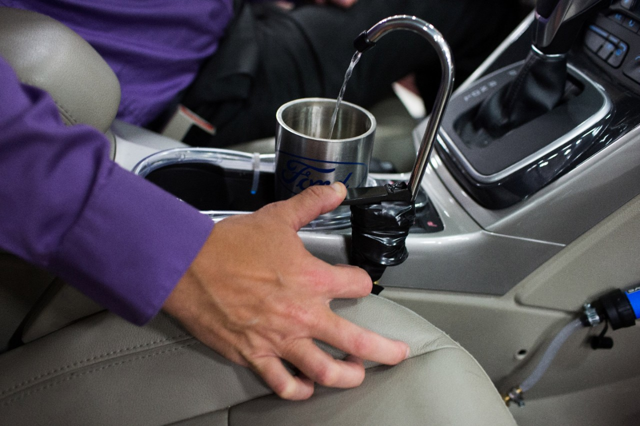 dispenser de agua ford (2)