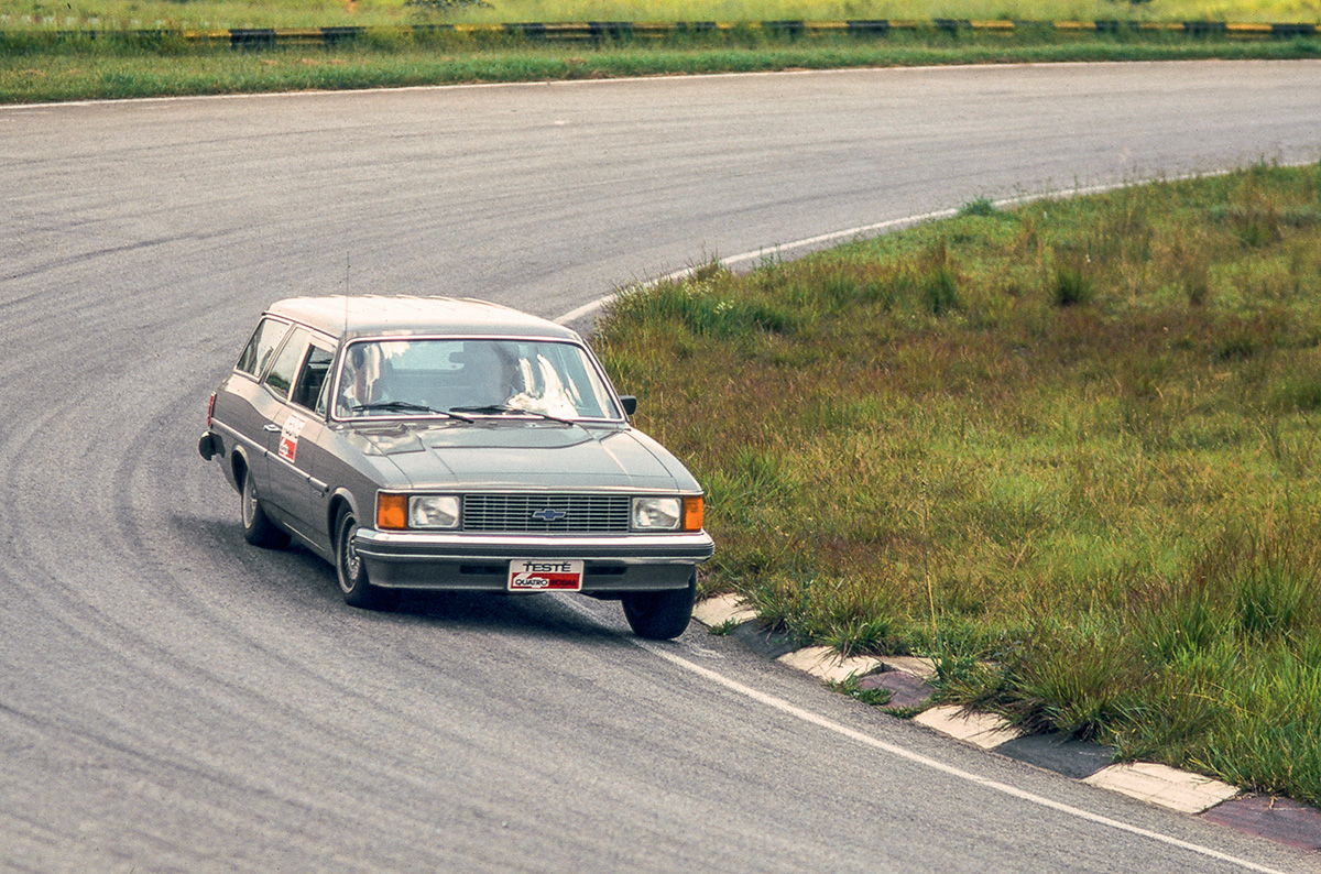 Ayrton Senna - Interlagos - Chevrolet Caravan