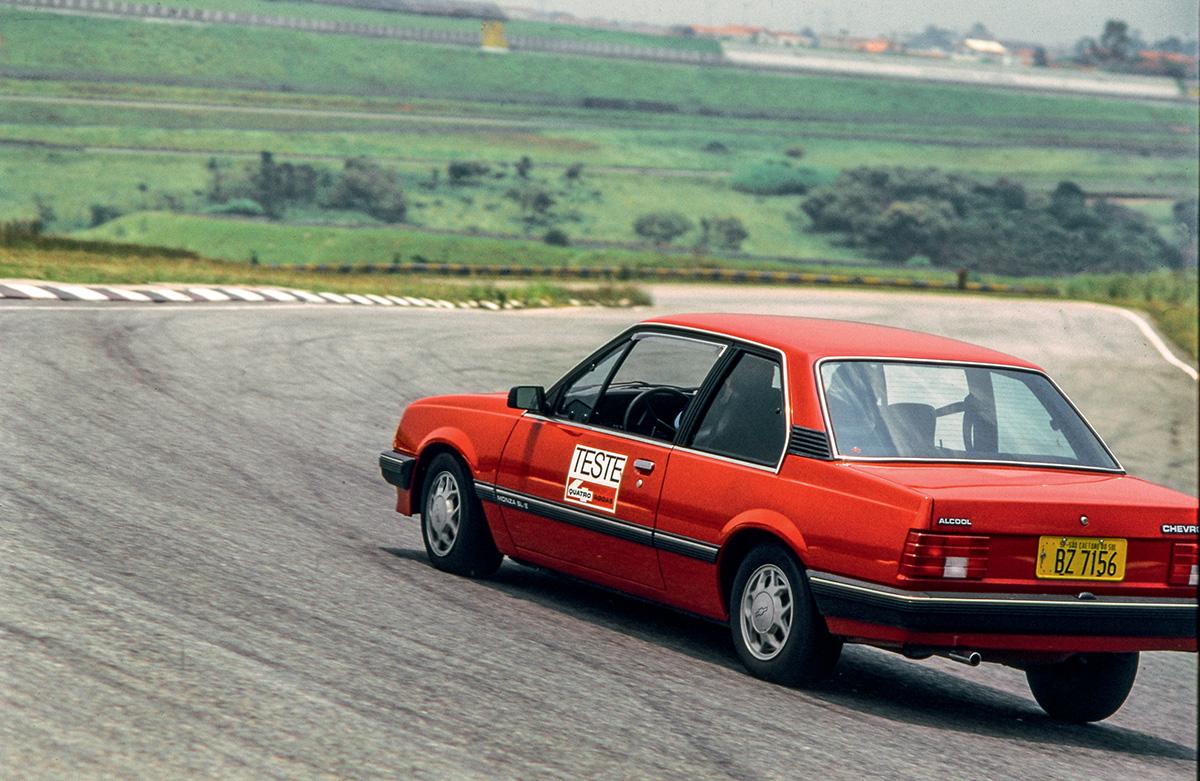 Ayrton Senna - Chevrolet Monza - Interlagos