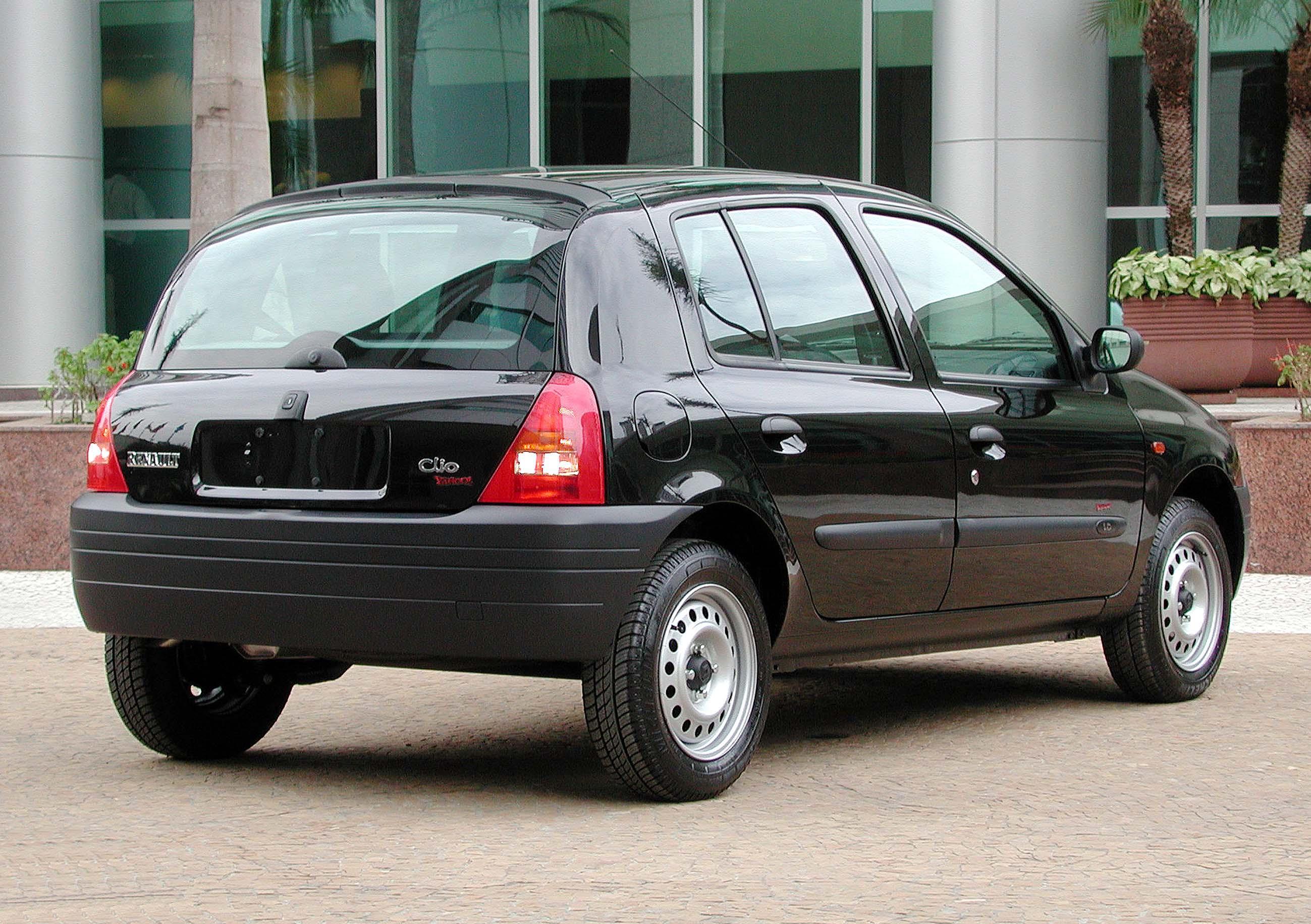 Renault Clio (4)