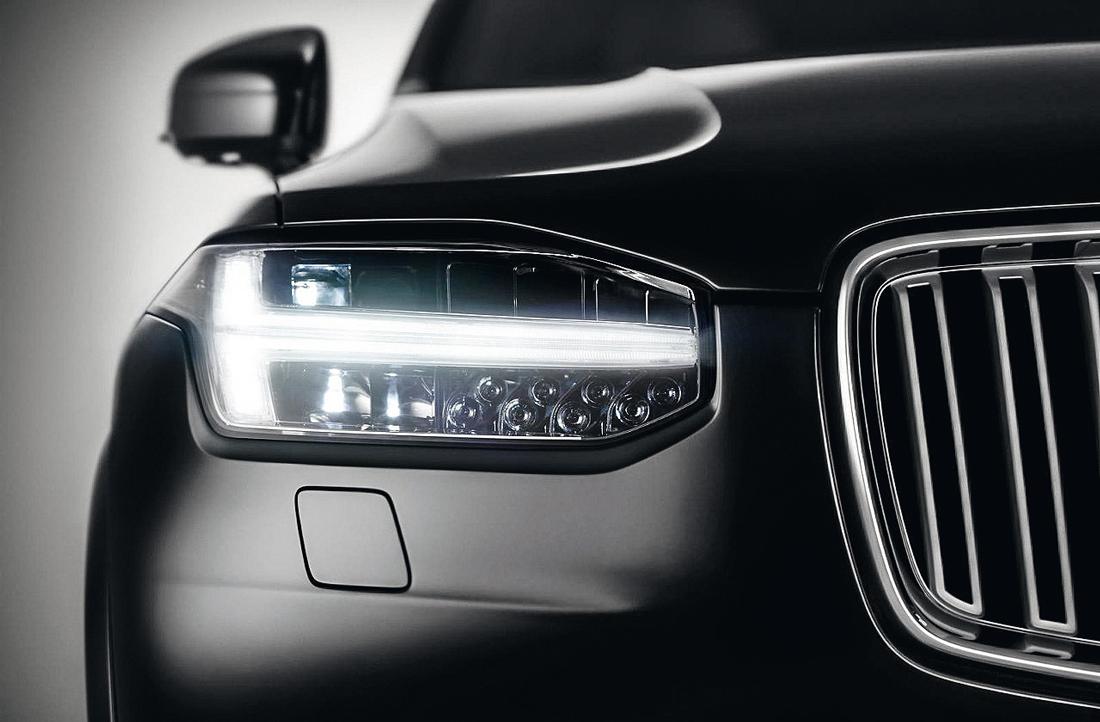 Farol Volvo