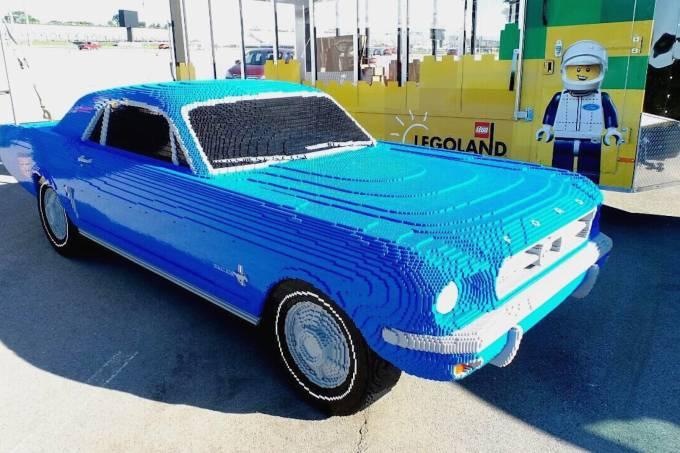 57fd00de0e216302700702abmustang-1964-lego-1.jpeg