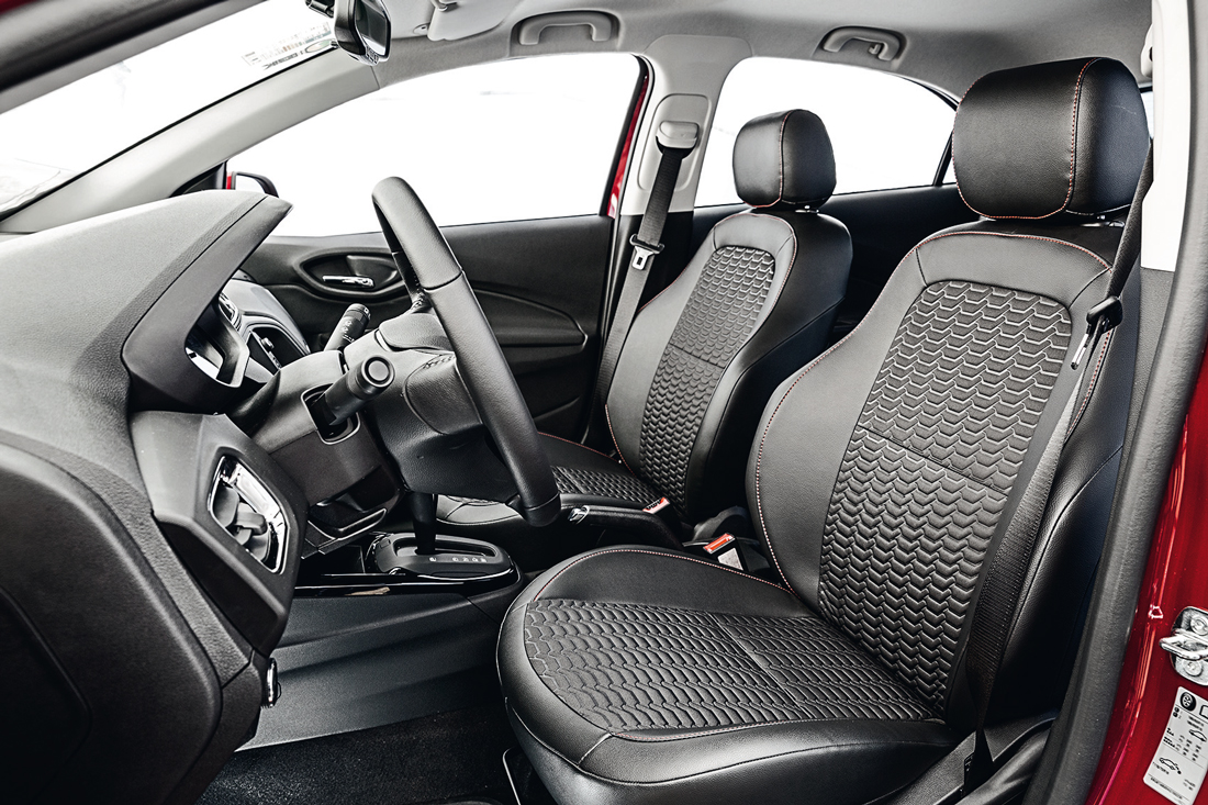 Chevrolet Onix LTZ 1.4 Eco - 3