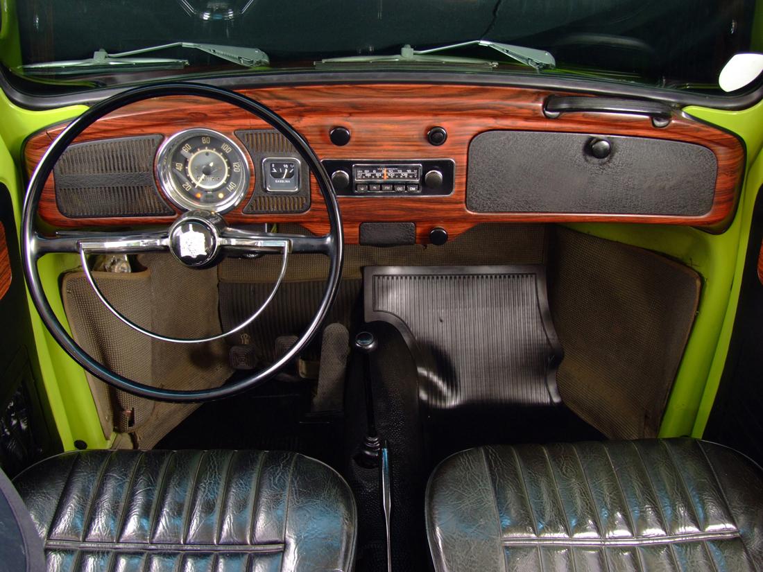 Painel-do-Fusca-1500-modelo-1973-da-Volkswagen---4