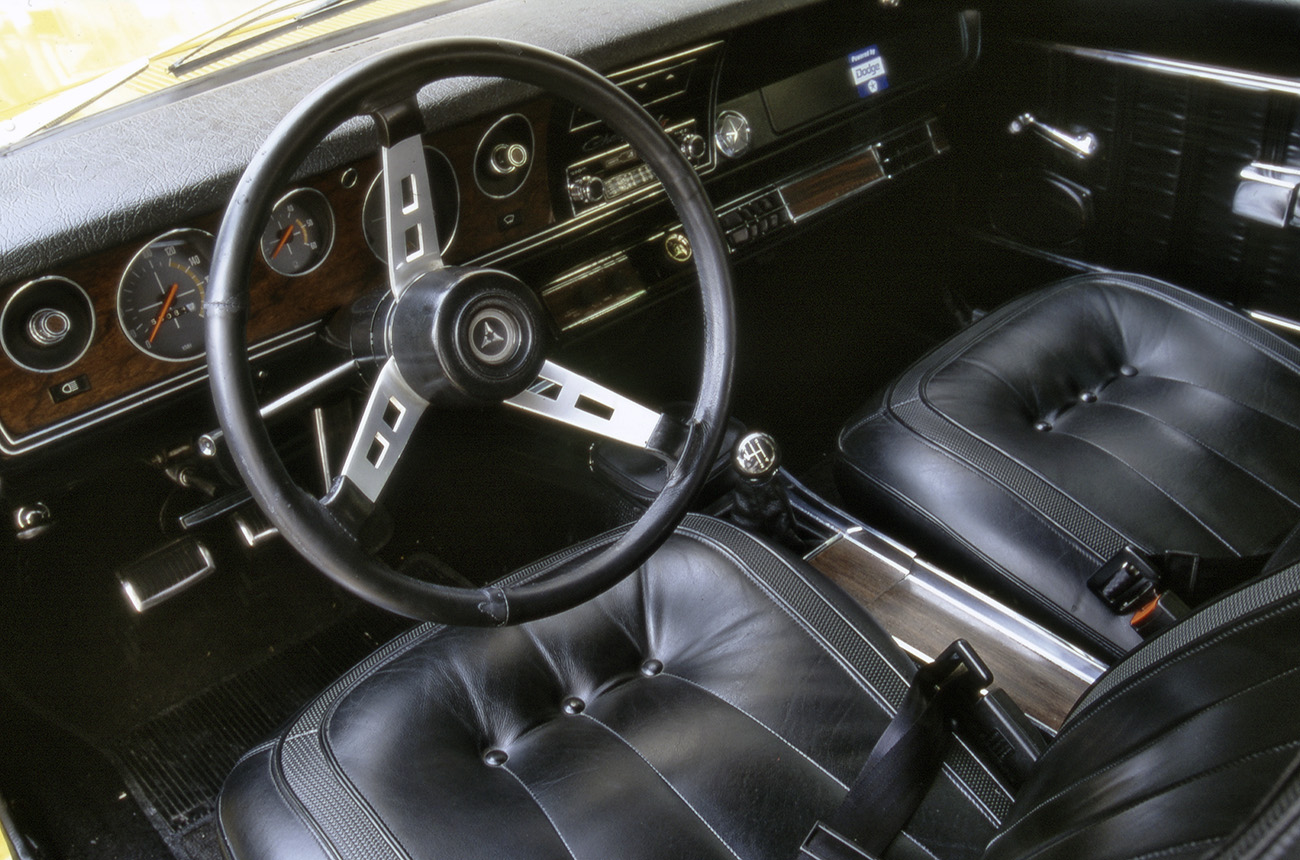 Interior do Dodge Charger R/T