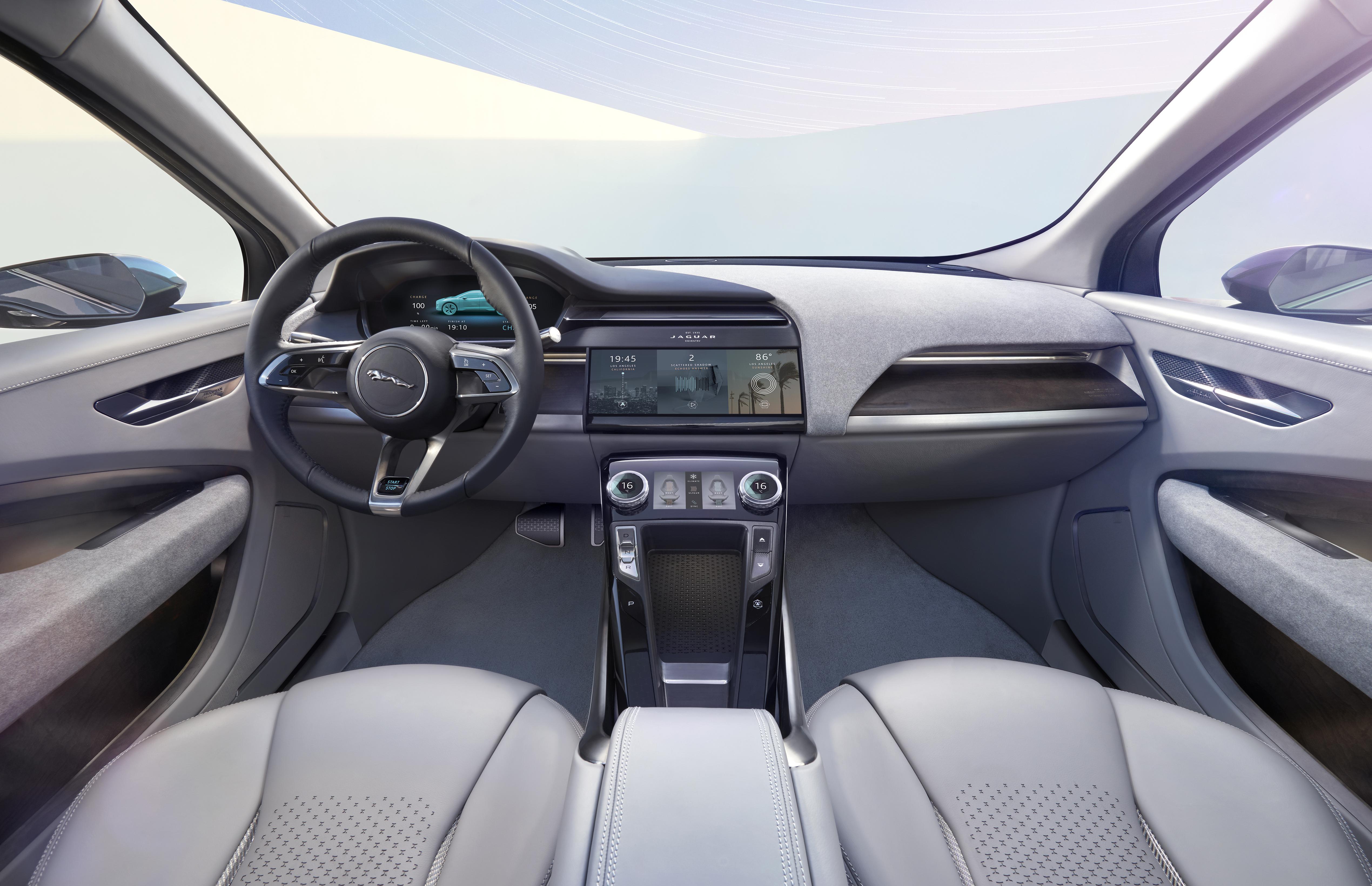 Jaguar I-Pace 6