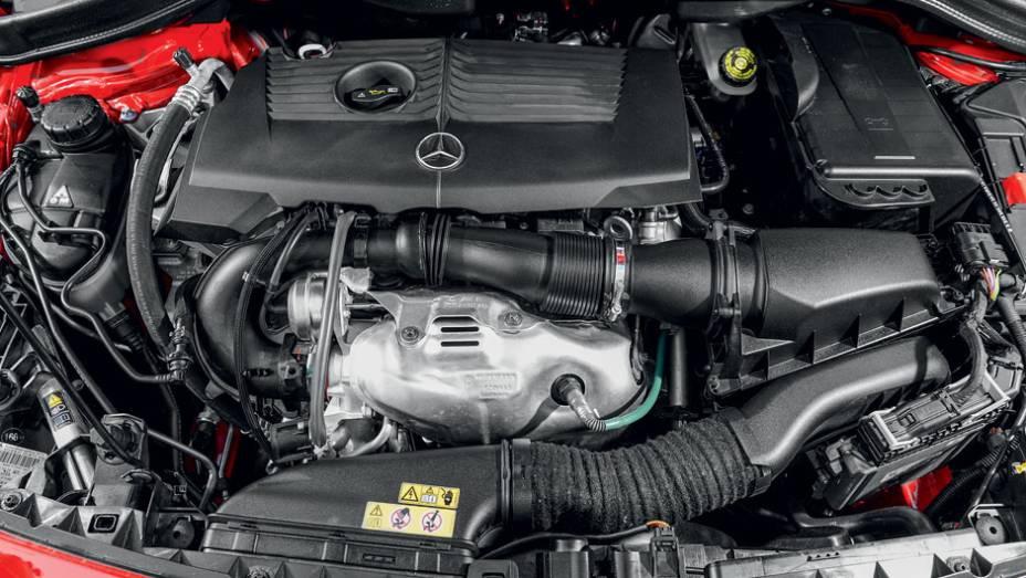 """Motor tem 156 cv   <a href=""""http://quatrorodas.abril.com.br/carros/lancamentos/mercedes-benz-b-200-turbo-724725.shtml"""" rel=""""migration"""">Leia mais</a>"""