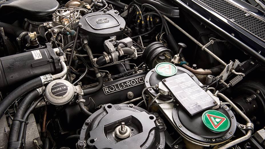 """O V8 de 6,7 litros   <a href=""""http://quatrorodas.abril.com.br/carros/classicos-grandescarros/rolls-royce-silver-spirit-spur-754638.shtml"""" rel=""""migration"""">Leia mais</a>"""
