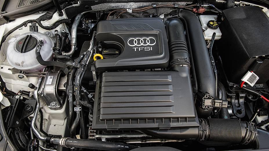 """Motor tem 122 cv   <a href=""""http://quatrorodas.abril.com.br/carros/comparativos/audi-a3-x-vw-golf-757579.shtml"""" rel=""""migration"""">Leia mais</a>"""