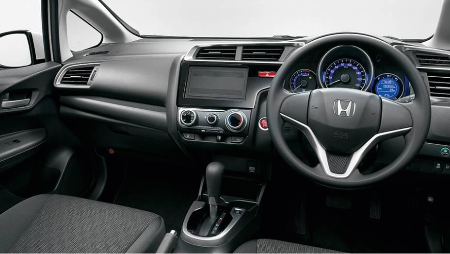 """O carro avaliado no Japão tinha volante do lado direito   <a href=""""http://quatrorodas.abril.com.br/carros/impressoes/honda-fit-765447.shtml"""" rel=""""migration"""">Leia mais</a>"""