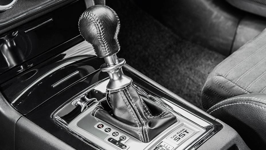 """Motor e transmissão de dupla embreagem são iguais desde 2008   <a href=""""http://quatrorodas.abril.com.br/carros/testes/mitsubishi-lancer-evo-x-john-easton-840741.shtml"""" target=""""_blank"""" rel=""""migration"""">Leia mais</a>"""