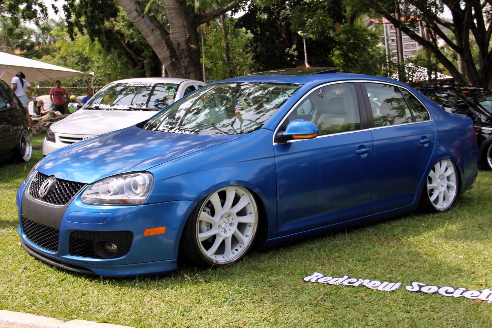 Usar rodas de outras fabricantes europeias, como Mercedes, BMW, Audi e até mesmo Volvo é tendência entre os customizadores