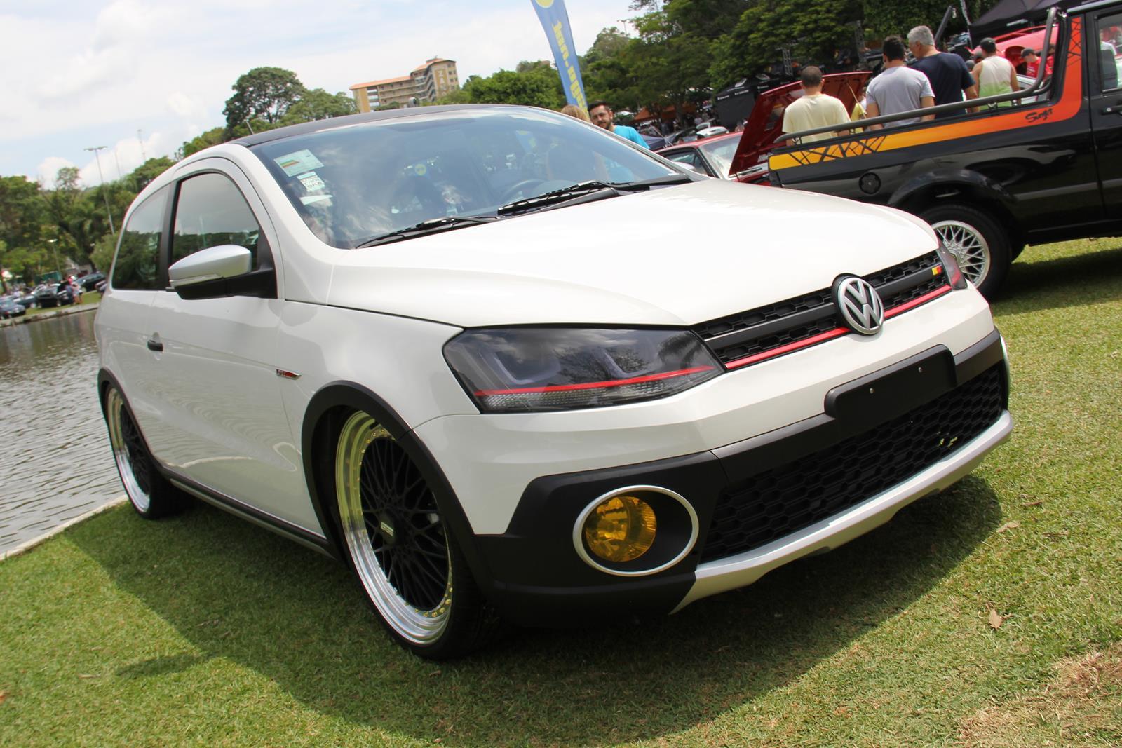Proposto como um novo Gol GTI, este carro tinha detalhes inspirados no Golf GTI, como os faróis com friso vermelho