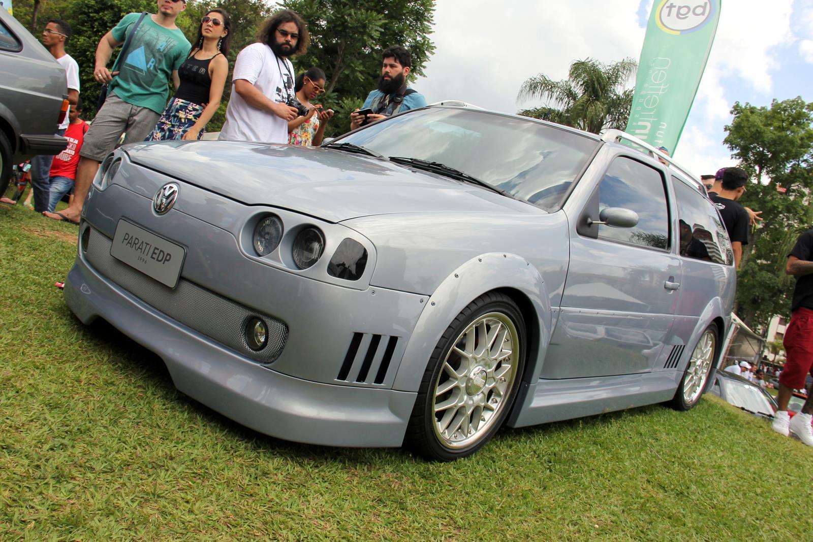 Conceito do Salão do Automóvel de 1996, a Parati EDP reapareceu. Tem motor 2.0 aspirado de 200 cv e som com potência de 1000 W