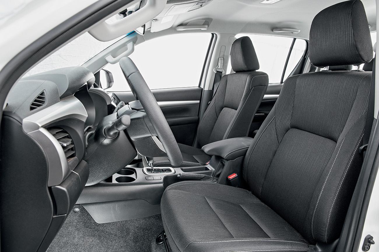 Hilux oferece airbag de joelho para o motorista