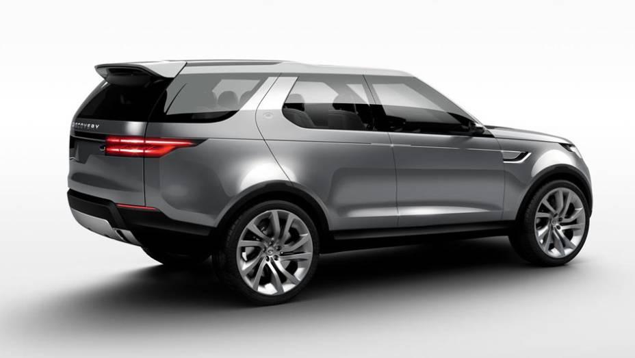"""O SUV será apresentado ao público nesta quarta-feira em Nova York   <a href=""""http://quatrorodas.abril.com.br/noticias/fabricantes/land-rover-lanca-conceito-discovery-vision-779837.shtml"""" rel=""""migration"""">Leia mais</a>"""
