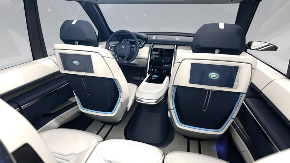 """Sistema de entretenimento e espaço interno privilegiado para os passageiros no banco traseiro   <a href=""""http://quatrorodas.abril.com.br/noticias/fabricantes/land-rover-lanca-conceito-discovery-vision-779837.shtml"""" rel=""""migration"""">Leia mais</a>"""