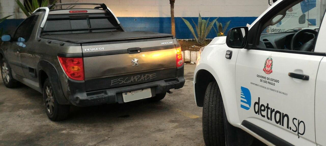 Peugeot Hoggar com mais de R$ 9 milhões em multas