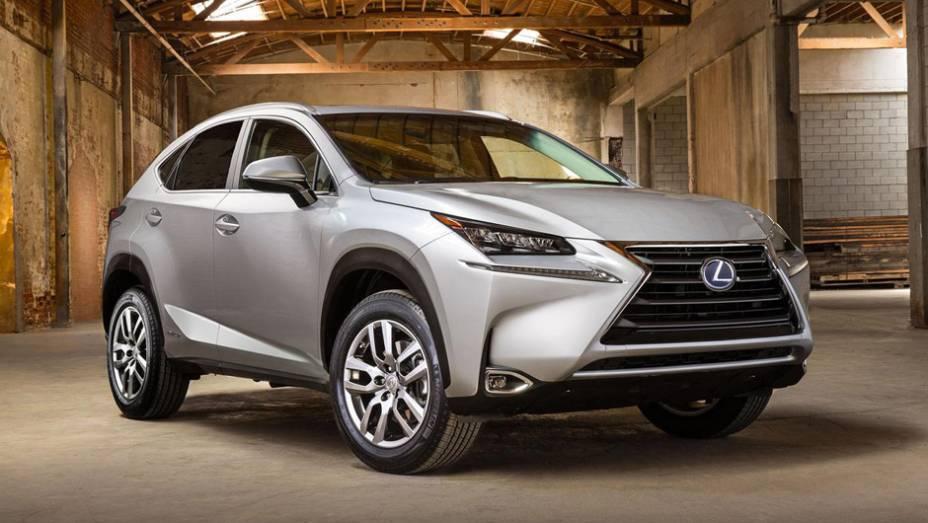 """Lexus NX 2015   <a href=""""http://quatrorodas.abril.com.br/noticias/saloes/pequim-2014/lexus-revela-crossover-nx-2015-pequim-780341.shtml"""" rel=""""migration"""">Leia mais</a>"""