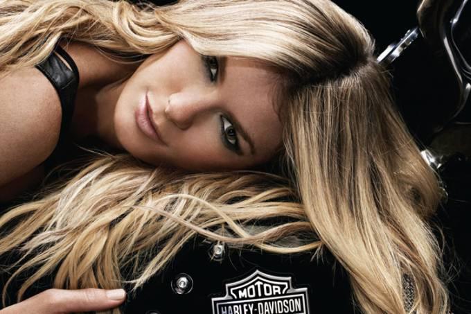 Marisa Miller e a Harley-Davidson