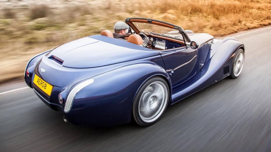 Motor é da BMW V8 de 4.8 litros e 372 cv   Leia mais