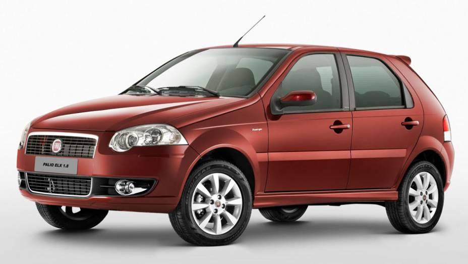 Em 2009, chegava o Palio 2010, com novos faróis, motores e a nova versão ELX 1.8