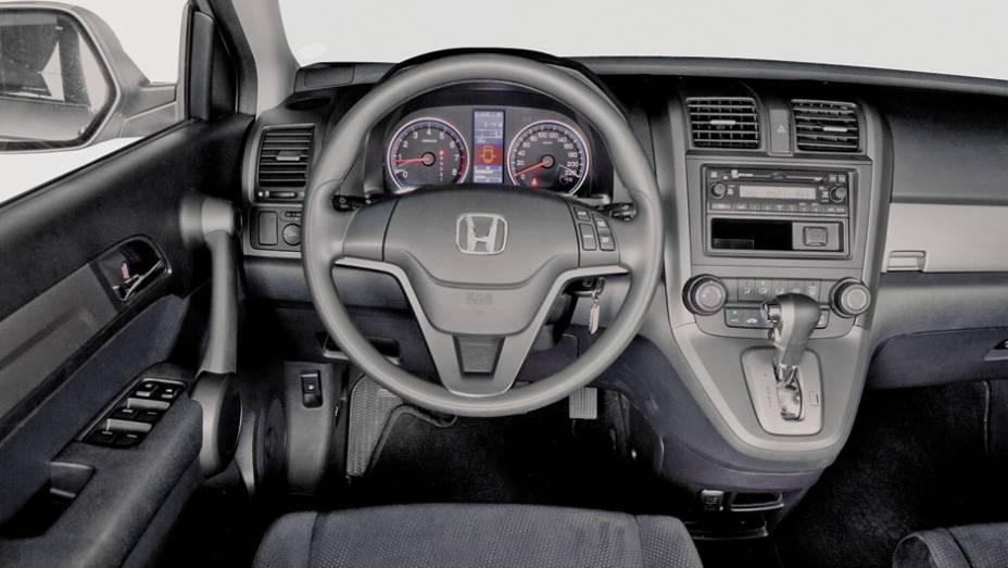 Painel do Honda lembra o das minivans