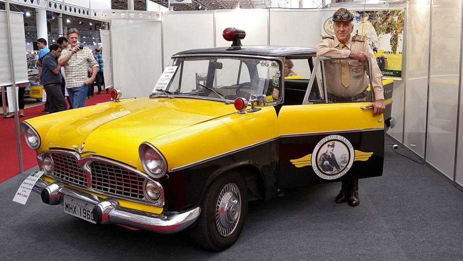 Simca Chambord 1959 usado pelo Inspetor Carlos no Vigilante Rodoviário